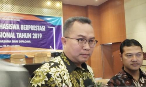 Rektor Institut Pertanian Bogor (IPB) University, Arif Satria, di salah satu kegiatan IPB, di Bogor, Jawa Barat, Selasa (23/7/2019). (Foto ANT)